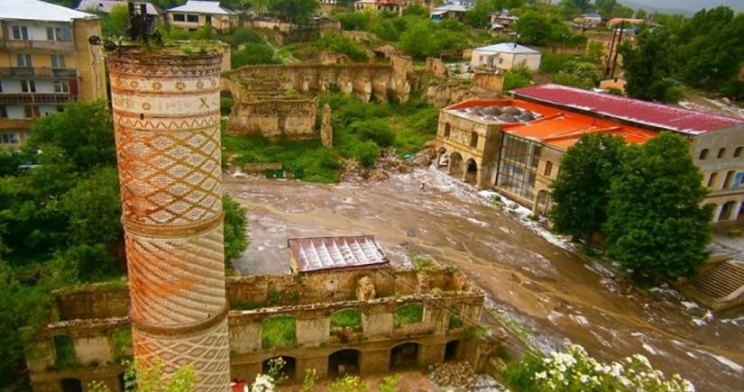 В 2022 году инвестиции в инфраструктуру на освобожденных территориях в Карабахе составят 2,2% ВВП