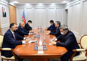 Али Асадов встретился с заместителем премьер-министра Казахстана