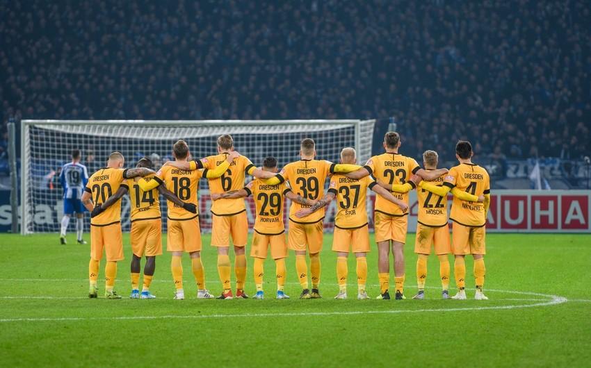 Almaniyanın daha bir futbol klubunda koronavirus aşkarlandı
