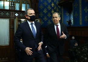 Ceyhun Bayramovla Sergey Lavrov arasında telefon danışığı olub