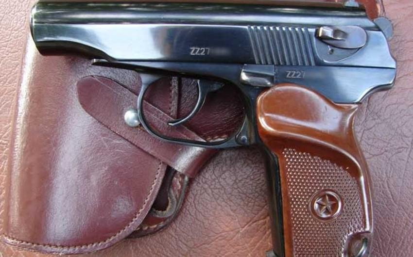 Житель Абшерона выстрелил из пистолета в своего соседа