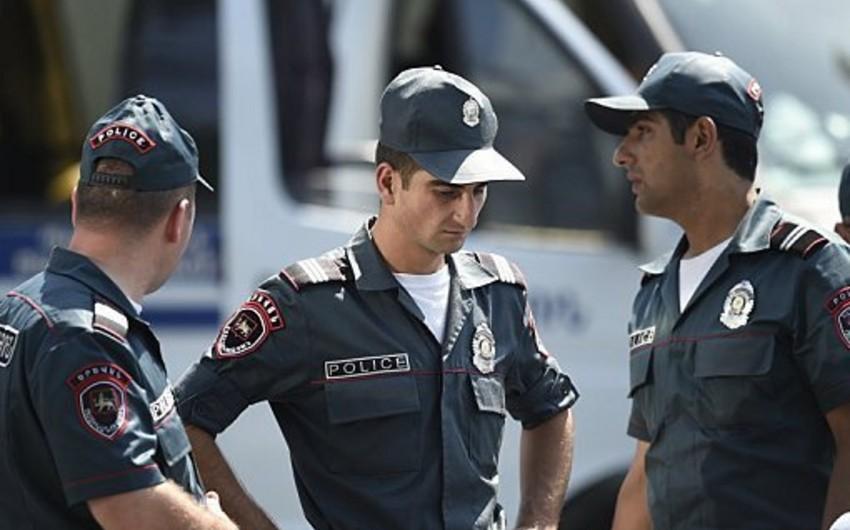 Ermənistanda yüksək vəzifəli polis zabiti saxlanılıb