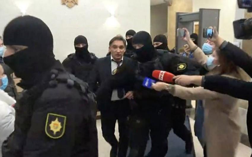 Korrupsiyada ittiham edilən Moldova prokuroru ev dustağı edilib