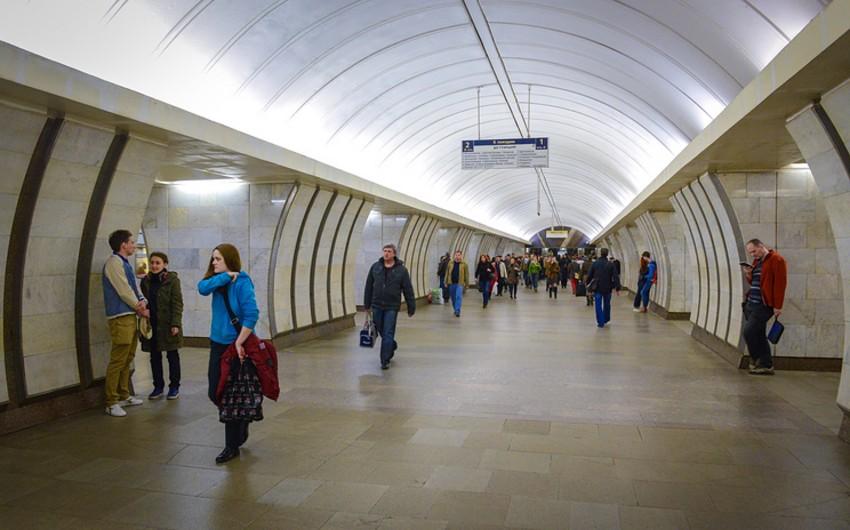 Moskva metrosunun altı stansiyası yanğın səbəbiylə müvəqqəti bağlanıb