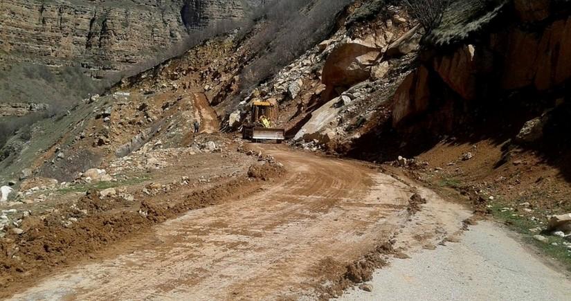 Закрыта дорога Губа-Хыналыг