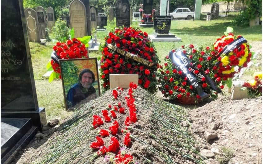 Начаты работы по изготовлению надгробного памятника народному поэту Мусе Ягубу
