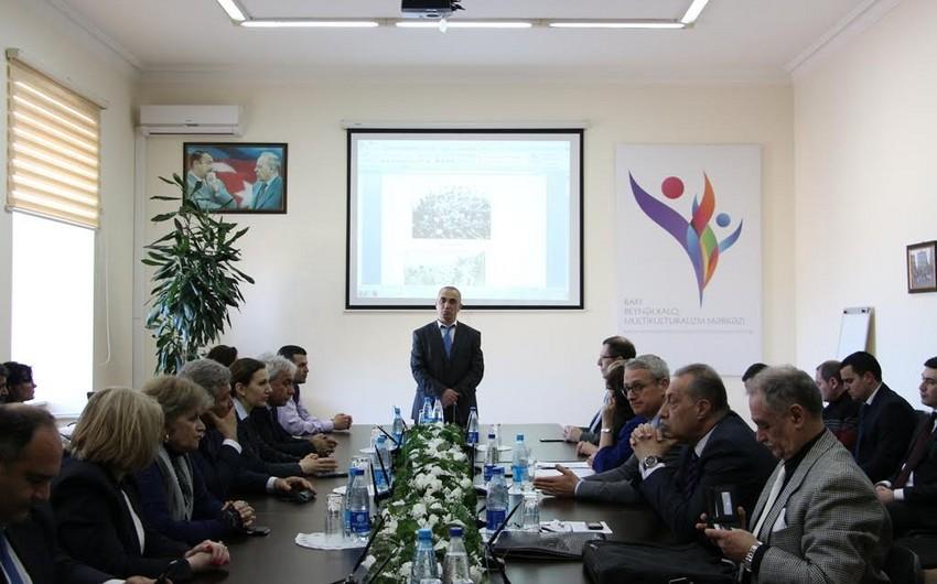 """""""Terror multikulturalizmə qarşı: 31 Mart- Azərbaycanlıların Soyqırımı Günü"""" mövzusunda elmi seminar keçirilib"""