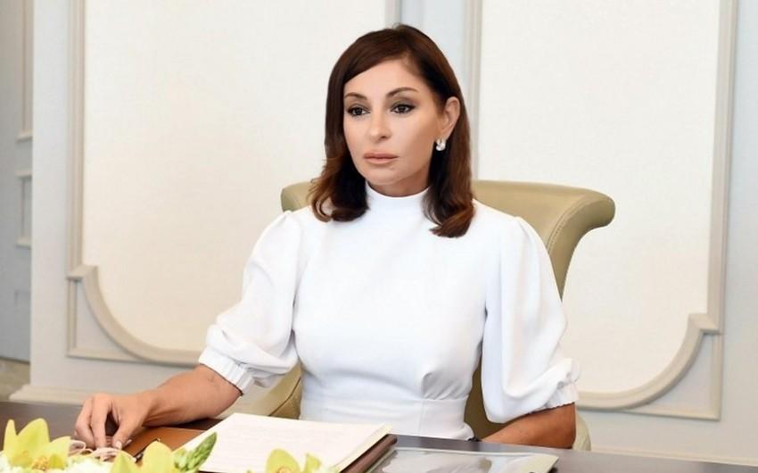 Birinci vitse-prezident Mehriban Əliyeva xalqımızı  Milli Dirçəliş Günü münasibətilə təbrik edib