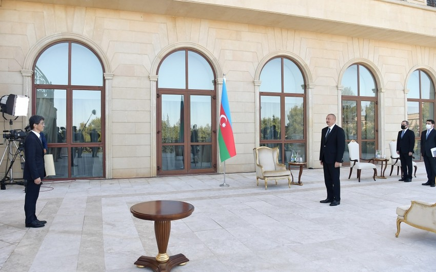 President Ilham Aliyev receives credentials of incoming ambassadors