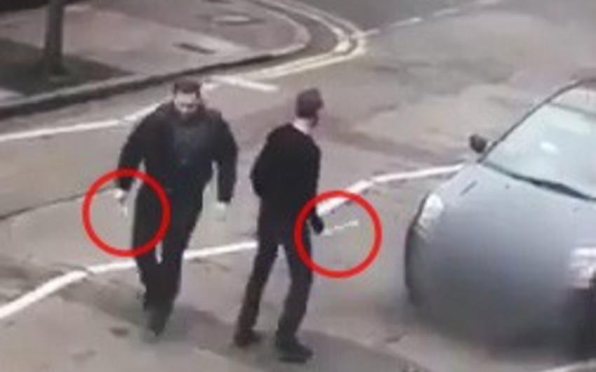Londonda iki şəxs məscidin yaxınlığında müsəlmana hücum edib - FOTO - VİDEO