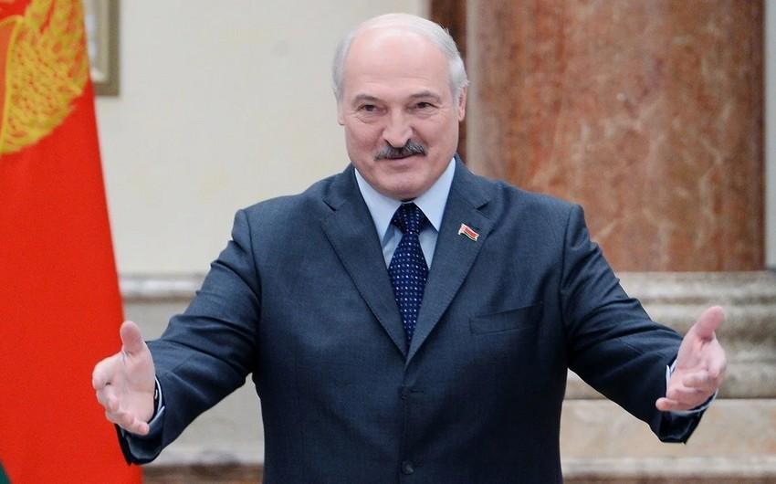 """Aleksandr Lukaşenko: """"Belarus bazar qiymətləri ilə Azərbaycan nefti almağa hazırdır"""""""