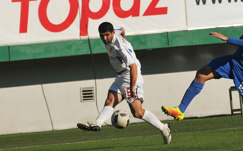Кяпяз заключил контракт с двумя футболистами