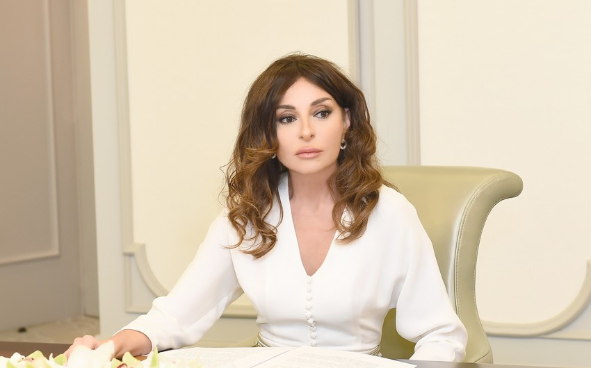 Mehriban Aliyeva congratulates people on liberation of Lachin