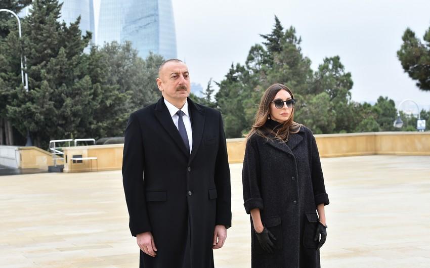 Ильхам Алиев и Мехрибан Алиева почтили память шехидов