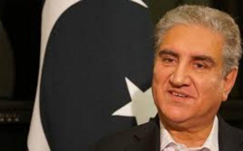 Pakistanlı nazir koronavirusa yoluxub