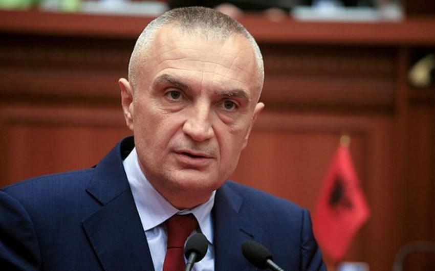 Albaniya prezidenti: Zəlzələdən sonrakı vəziyyəti dramatikdir