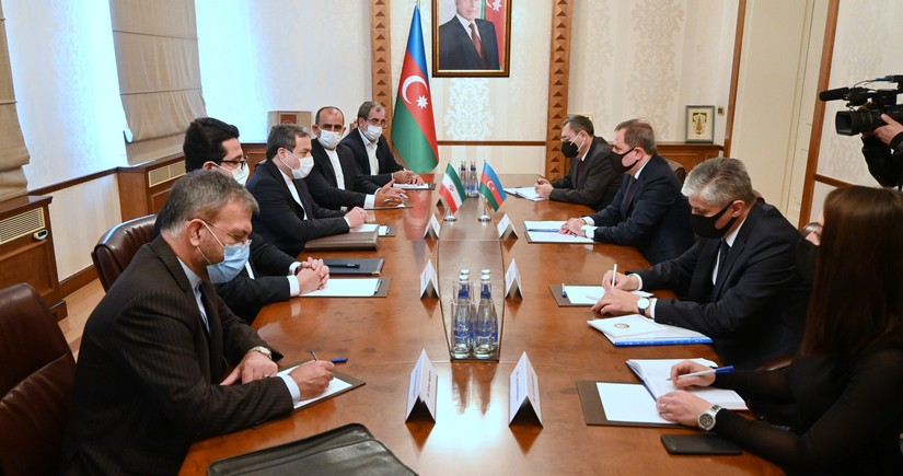 Ceyhun Bayramov İran prezidentinin xüsusi elçisi ilə görüşüb