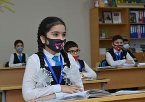 Baş infeksionist: Uşaqların bəzəkli maskalarını bir-birilə dəyişməsi yolverilməzdir