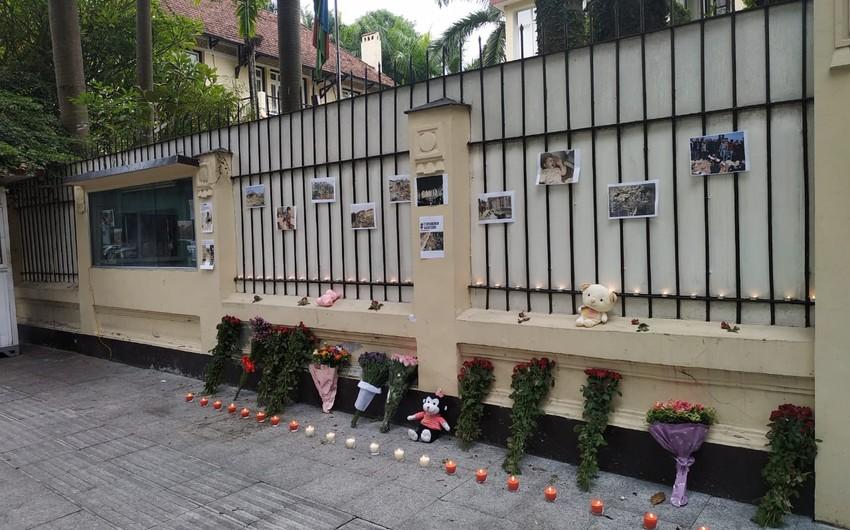 Вьетнамцы почтили память жертв теракта в Гяндже