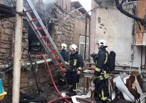 В Баку в частном доме произошел пожар, есть погибший