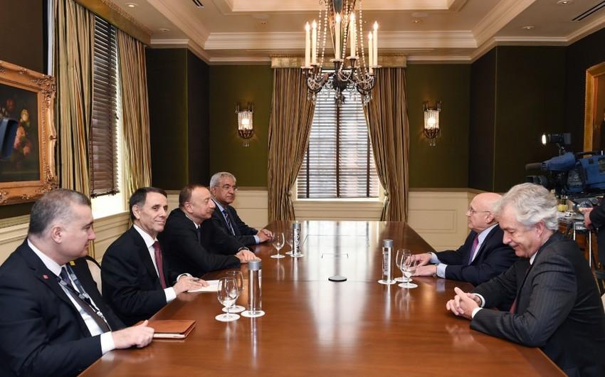 Prezident İlham Əliyev ABŞ-ın bir sıra ictimai xadimləri ilə görüşüb
