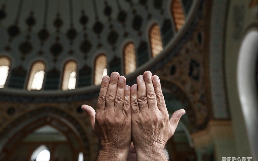 Holiday prayer performed in Azerbaijani mosques