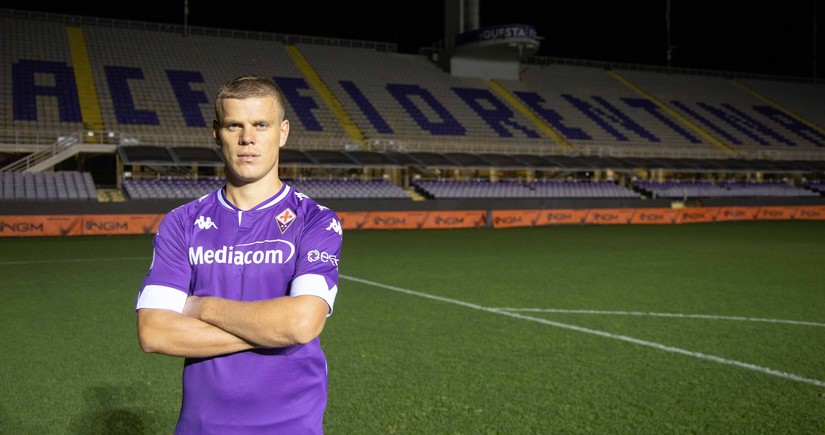 Fiorentina Kokorinlə müqavilə imzaladı