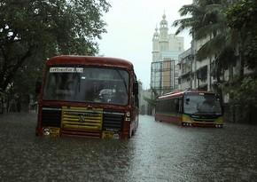"""Hindistanda """"Tauktae"""" siklonunun qurbanlarının sayı artıb"""