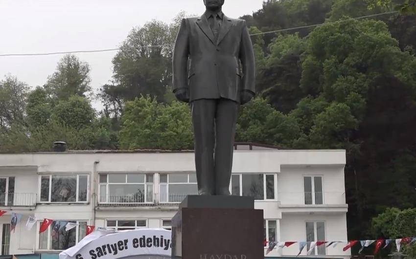 İstanbulda ümummilli lider Heydər Əliyevin anadan olmasının 94-cü ildönümü qeyd olunub - FOTO - VİDEO