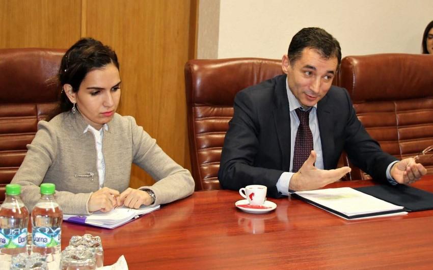 Azərbaycan səfiri Moldovanın iqtisadiyyat naziri ilə görüşüb