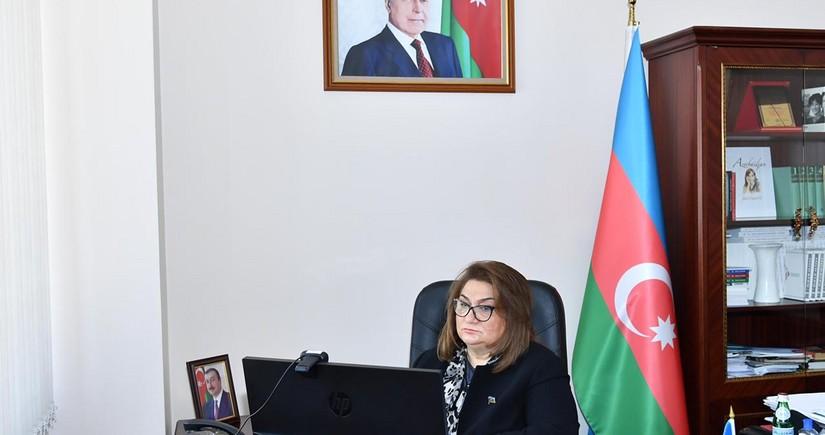 Parlamentin Ailə, qadın və uşaq məsələləri komitəsinin iclası keçirilib