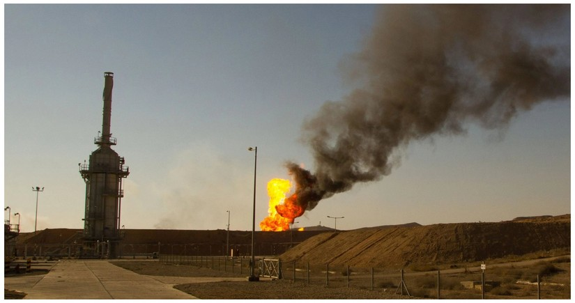 İraqda iki neft quyusuna hücum edilib