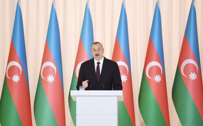 Prezident İlham Əliyev: AXC-nin yaranması onu göstərir ki, Azərbaycan xalqı böyük, azadlıqsevər və mütərəqqi xalqdır