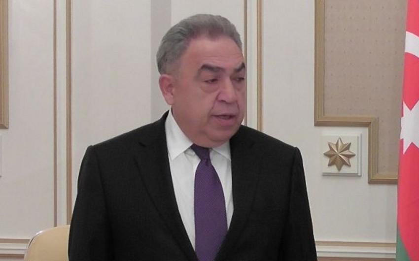 """Səfa Mirzəyev: """"Azərbaycan Prezidentinin səlahiyyət müddətinin 7 il olması dəqiq götürülmüş müddətdir"""""""