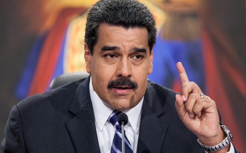 Maduro ənənəyə uyğun olaraq parlamentdə and içməyəcək
