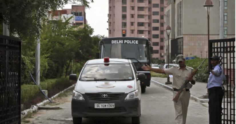 Hindistanda yaşayış evinin uçması nəticəsində 8 nəfər ölüb