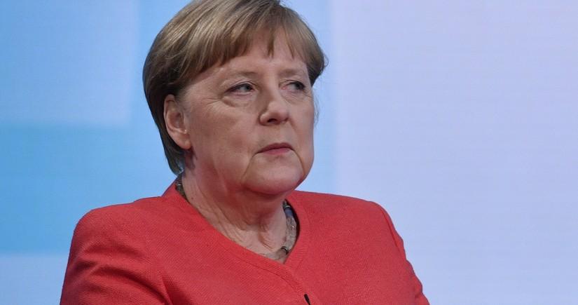 Merkel Belarusda vətəndaşlara qarşı olan zorakılığı pisləyib