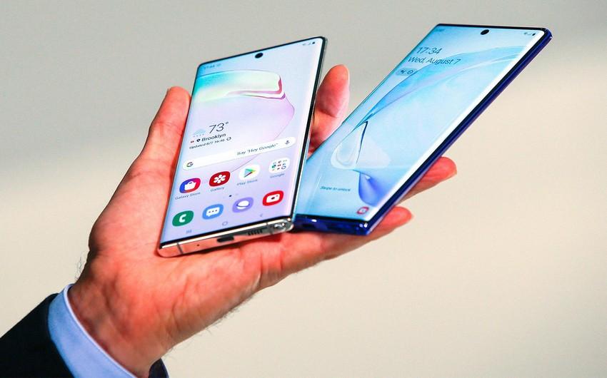 Dünyada smartfon satışları azalıb