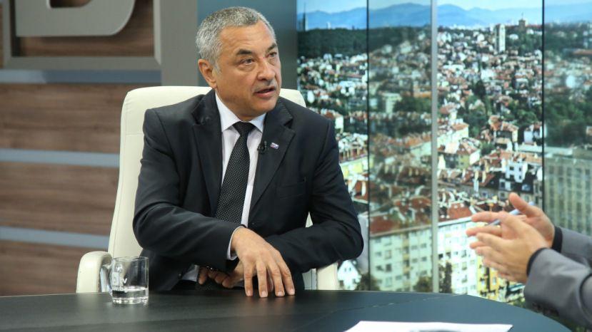 В Болгарии потребовали отставки вице-премьера страны, включенного в список нежелательных лиц Азербайджана