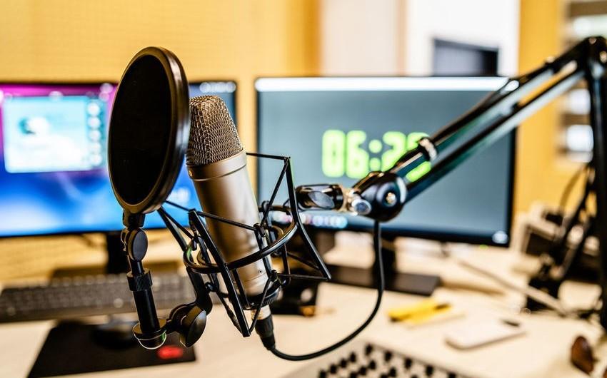 MTRŞ: Azərbaycanda radio proqramlarının FM yayımı lazımi səviyyədə deyil