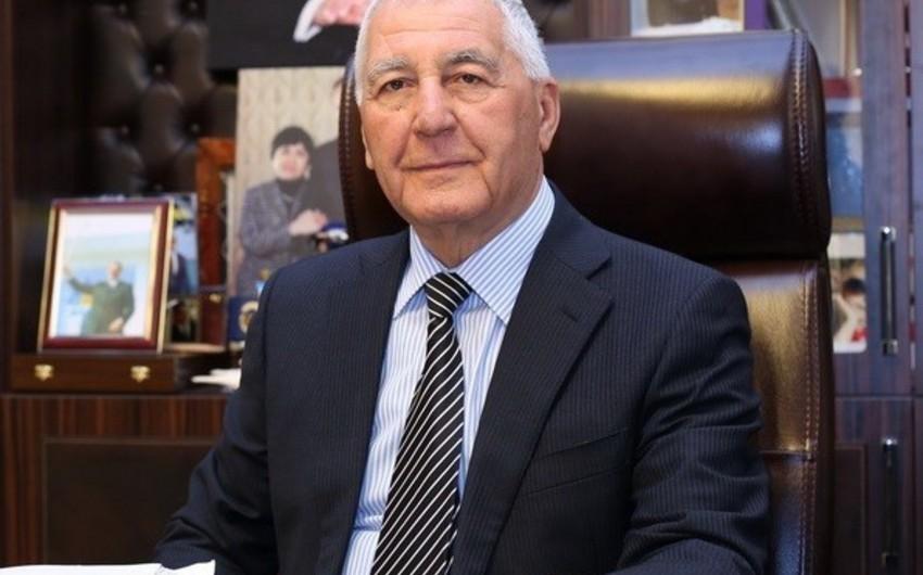 """Şəmsəddin Xanbabayev 1-ci dərəcəli """"Əmək"""" ordeni ilə təltif edilib"""