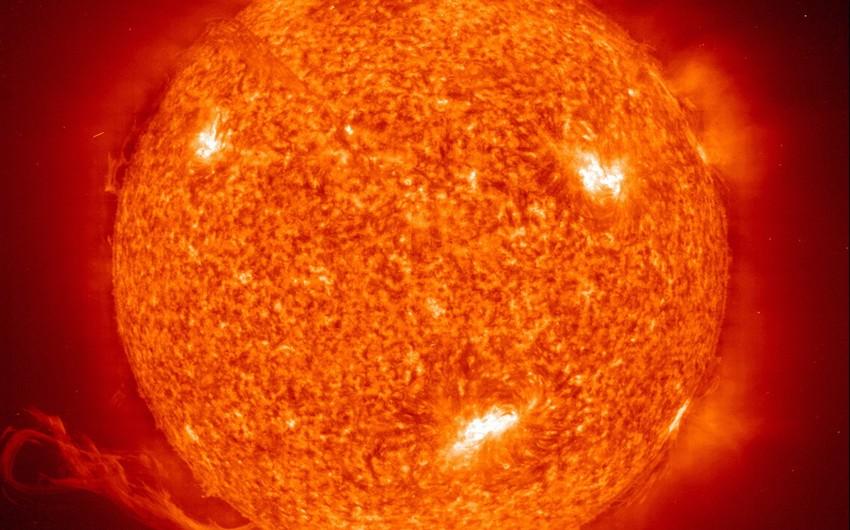 AMEA Rəsədxanası: Hazırda Günəşin səthində 4 böyük aktiv region və 93 Günəş ləkəsi müşahidə olunur