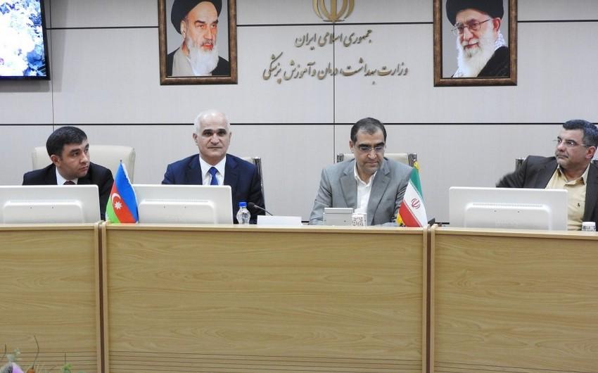 Azərbaycan nümayəndə heyəti İranda müzakirələri davam etdirir