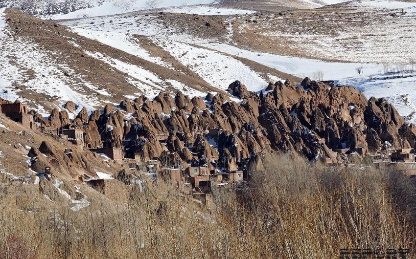 Qayalıqda yaşayan insanlar - Fotoreportaj