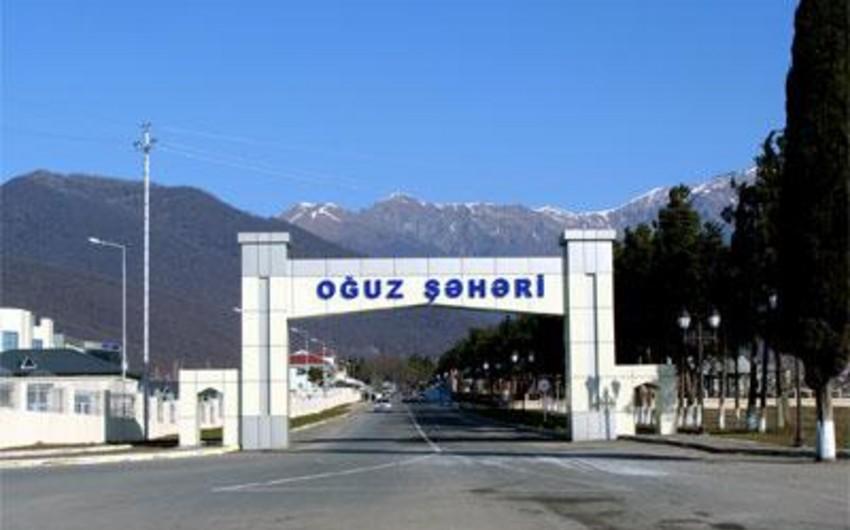 Oğuz Rayon İcra Hakimiyyətinə yol tikintisi üçün 2,3 milyon manat ayrılıb