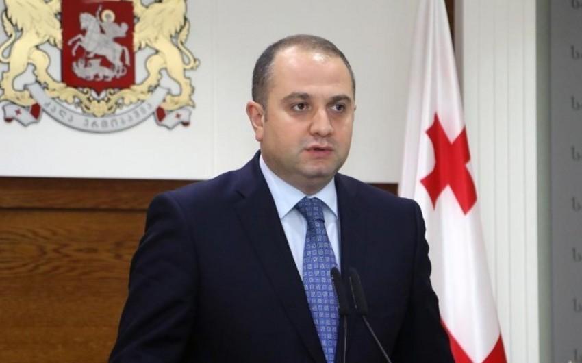 Gürcüstan baş nazirinə ilk dəfə olaraq mətbuat katibi təyin edilib