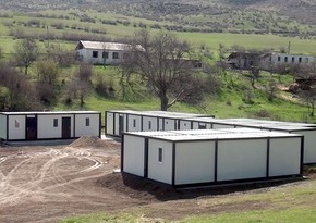 На освобожденных землях ведется процесс установки общежитий модульного типа