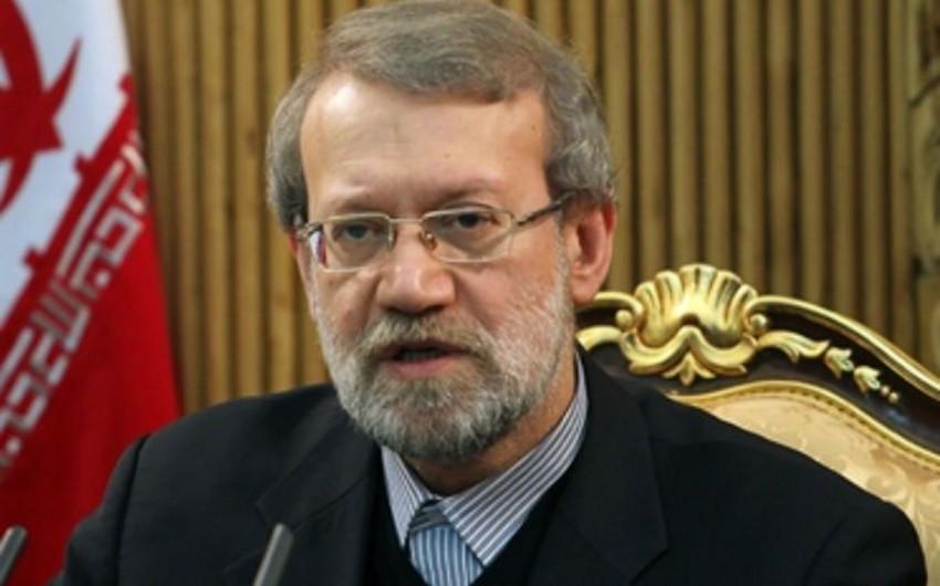 İran parlamentinin sədri: Rusiya təyyarələrinin Həmədan aviabazasından uçuşları dayandırılmayıb