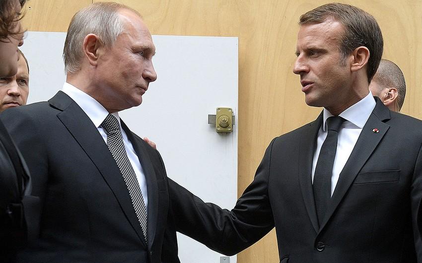 Emmanuel Makron Vladimir Putinlə danışıqlar aparmaq niyyətindədir