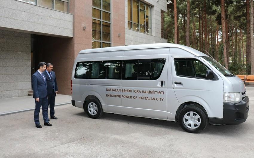 Naftalana turistlərin pulsuz daşınması üçün avtobus istifadəyə verilib